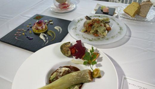 センチュリーロイヤルホテルが新冠町とコラボした「ピーマン試食会」開催