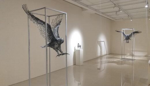 札幌グランドホテルで浅井憲一展 無数の鉄の棒を組み合わせた立体作品を展示